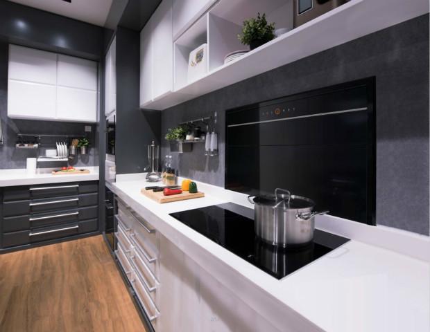 整齐而大气,欧式油烟机厂家隐烟机打造神往的厨房